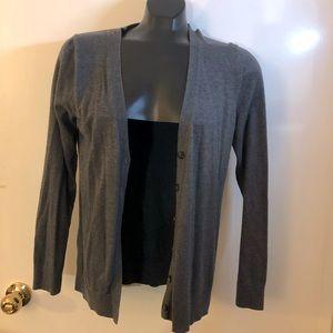 SALE ‼️7 items for $25‼️ GAP Grey Cardigan Sweater